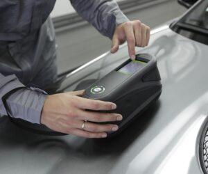Spektrofotometr – urządzenie, które upraszcza i przyspiesza pracę lakiernika