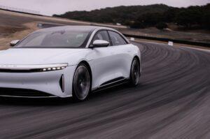 Pirelli wprowadza pierwsze opony z indeksem dla samochodów elektrycznych